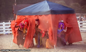 Rodeo_Clowns_tent
